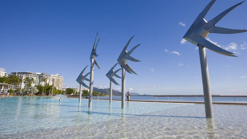 Cairns information activities tours