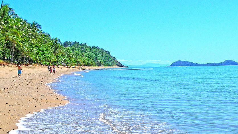 Trinity Beach Cairns info activities tours